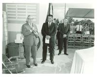 Claude Pepper speaking with Mayor Gissendanner of Miami
