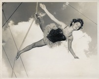 Sue Herndon Performing On A Rope