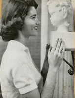 Jeanie Kitchens Looking at a Statue