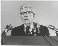 Claude Pepper addressing the National Conference on Mental Health
