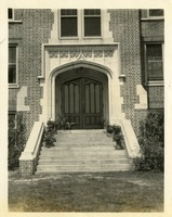 Gilchrist Side Entrance